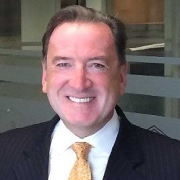 AIS Adviser, Daniel Veniez